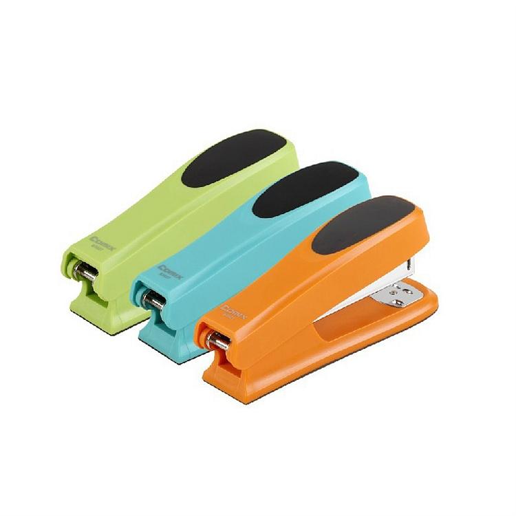 齐心B3027舒适防滑订书机配(个)